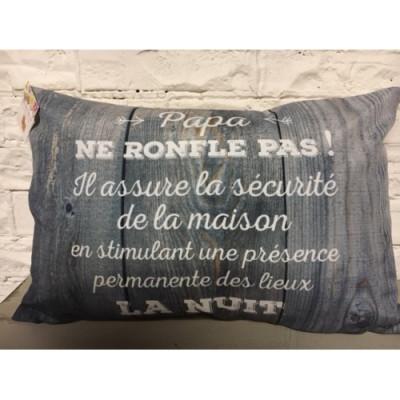 Coussin,   Papa Ne Ronfle pas...